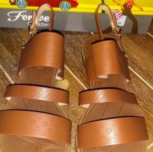 New Forever Brown Sandals Women's Size: 7